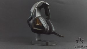 support de casque RGB Corsair ST100