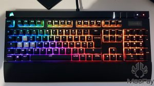clavier corsair strafe rgb mx cherry red gaming