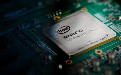 Intel Stratix 10 : la puce au 10 billions de calculs par seconde